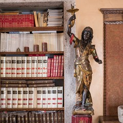 Old palace - library